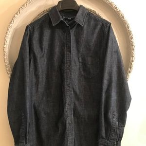 Uniqlo Denim Button Up Long Sleeve Shirt